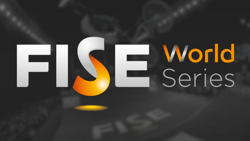 FISE World Highlight Case
